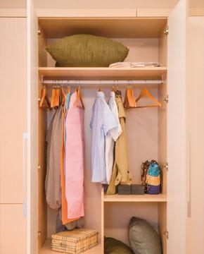 衣柜分区设计